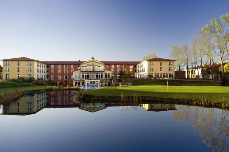 Golfhotel - Hotel Castanea Resort - First Class Golf